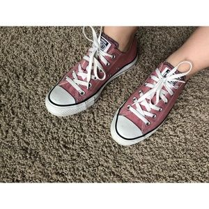 Pink Converse All Star Chuck Taylor Low Sneakers